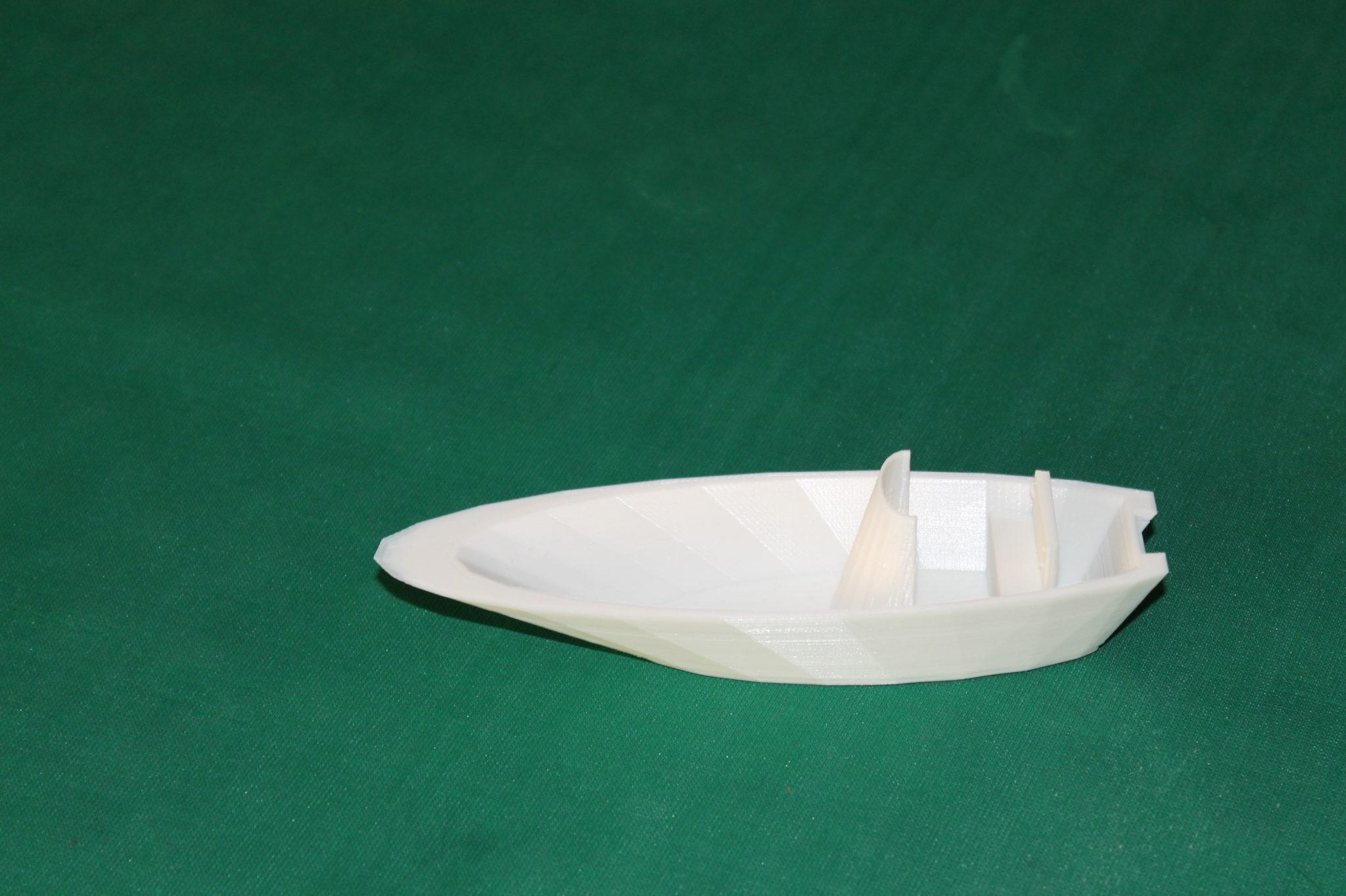 barca a fondo piatto
